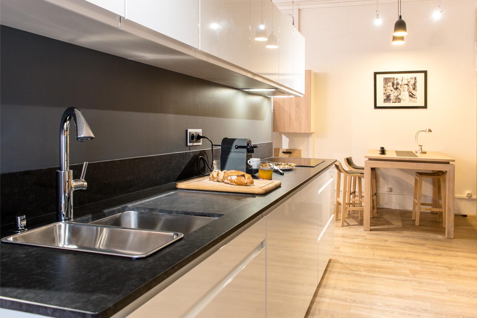 courchevel mogador. Black Bedroom Furniture Sets. Home Design Ideas