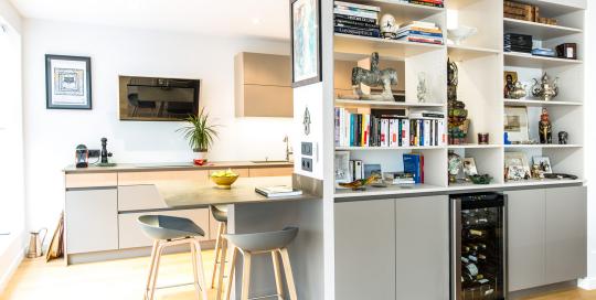 Cuisines archives mj home architecte d 39 int rieur lyon 6 for Cuisine sans poignee avis